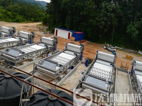 洗砂泥浆分离脱水机多少钱(洗砂生产线泥浆处理设备)
